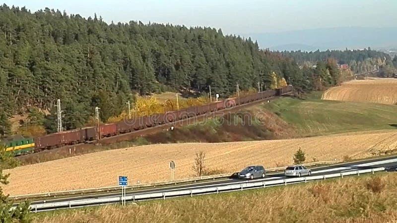 Υπηρεσία φορτηγών τρένων στη χώρα, φιλμ μικρού μήκους