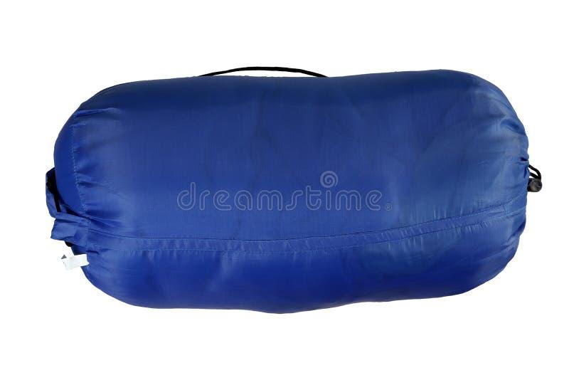 Υπνόσακος, κυλημένο μπλε διογκώσιμο κρεβάτι στρατοπέδευσης που απομονώνεται στο άσπρο υπόβαθρο στοκ φωτογραφίες με δικαίωμα ελεύθερης χρήσης