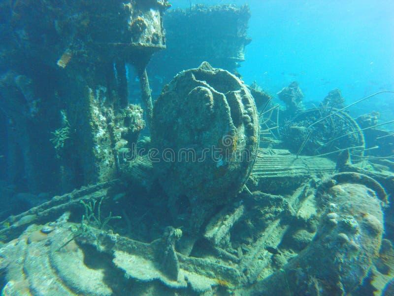 Υποβρύχια μηχανή σε συντρίμμια στοκ φωτογραφίες
