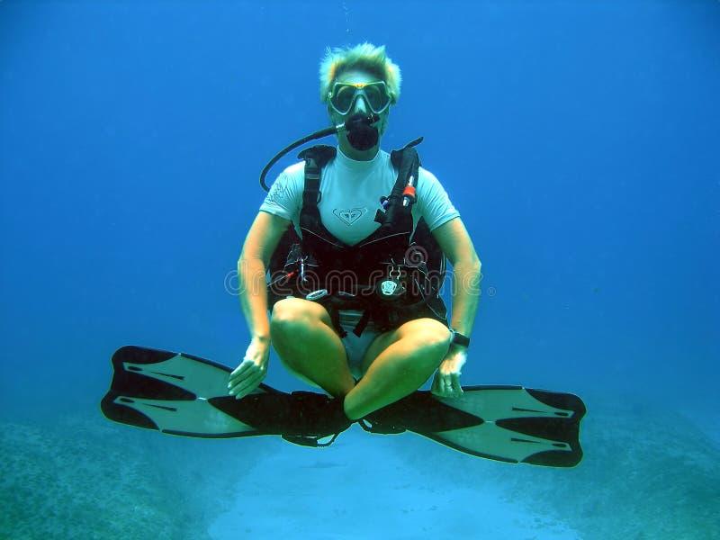 υποβρύχιος χωρίς βάρος δ&up στοκ φωτογραφία με δικαίωμα ελεύθερης χρήσης