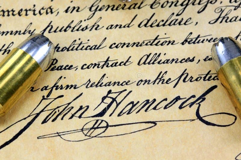 Υπογραφή του John Hancock - πυρομαχικά στο αμερικανικό σύνταγμα στοκ φωτογραφία με δικαίωμα ελεύθερης χρήσης