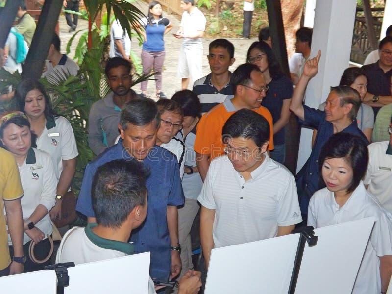 Υπουργοί στην επαναλειτουργία BTNR στοκ φωτογραφία