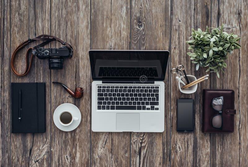 Υπολογιστής γραφείου Hipster στοκ εικόνες με δικαίωμα ελεύθερης χρήσης