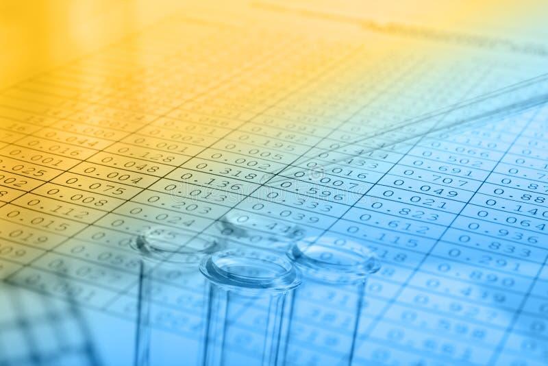 Υπόβαθρο επιστήμης με το χημικό θέμα στοκ εικόνα