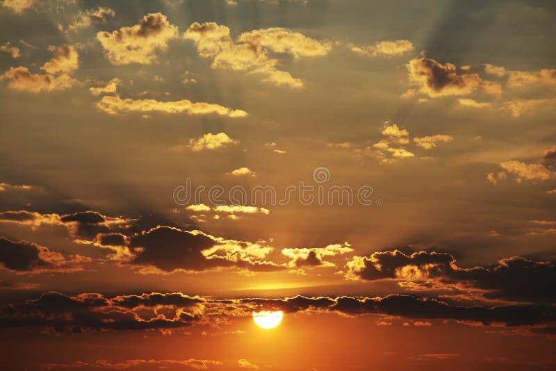 Υπόβαθρο ηλιοβασιλέματος στοκ φωτογραφίες με δικαίωμα ελεύθερης χρήσης