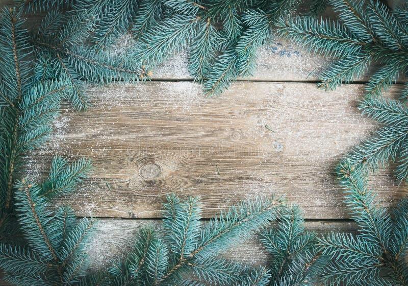 Υπόβαθρο θέματος Χριστουγέννων (νέο έτος): ένα πλαίσιο του γούνα-δέντρου branc στοκ φωτογραφία με δικαίωμα ελεύθερης χρήσης