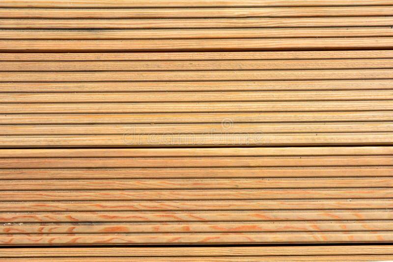 Υπόβαθρο σύστασης Decking Ξύλινο decking φυσικό υπόβαθρο σύστασης στοκ εικόνα με δικαίωμα ελεύθερης χρήσης