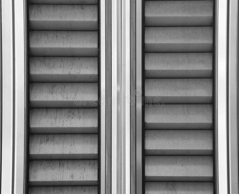 Υπόβαθρο των κυλιόμενων σκαλών στη λεωφόρο χωρίς κάθετους ανθρώπους στοκ φωτογραφία με δικαίωμα ελεύθερης χρήσης