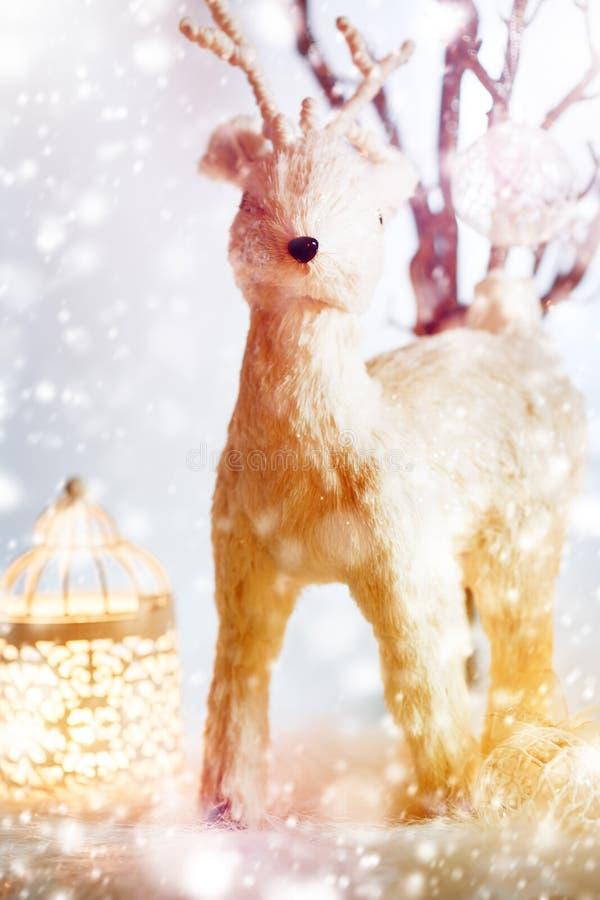 Υπόβαθρο Χριστουγέννων με τα ελάφια παραμυθιού στοκ φωτογραφία