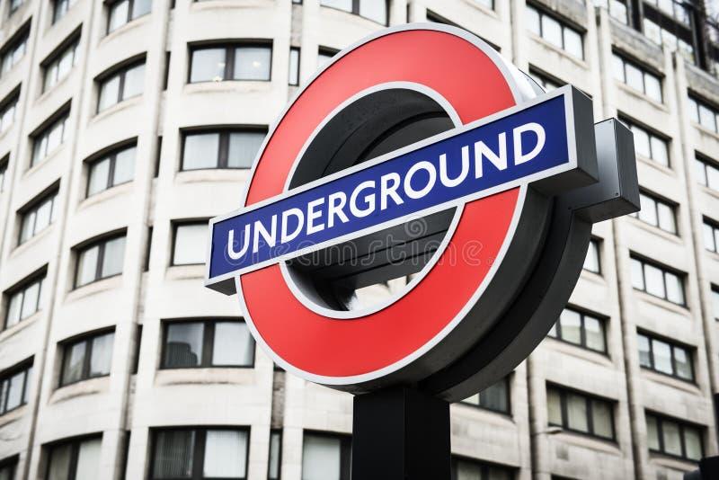 Υπόγεια μετρό Μετρό του Λονδίνου που χρησιμοποιούνται από TFL στοκ εικόνα με δικαίωμα ελεύθερης χρήσης