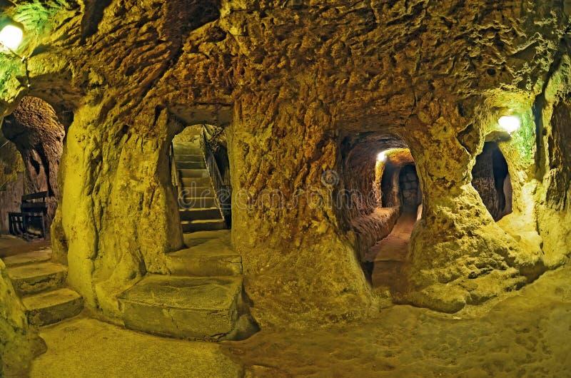 Υπόγεια πόλη σπηλιών Derinkuyu, Cappadocia, Τουρκία BA ταξιδιού στοκ φωτογραφίες