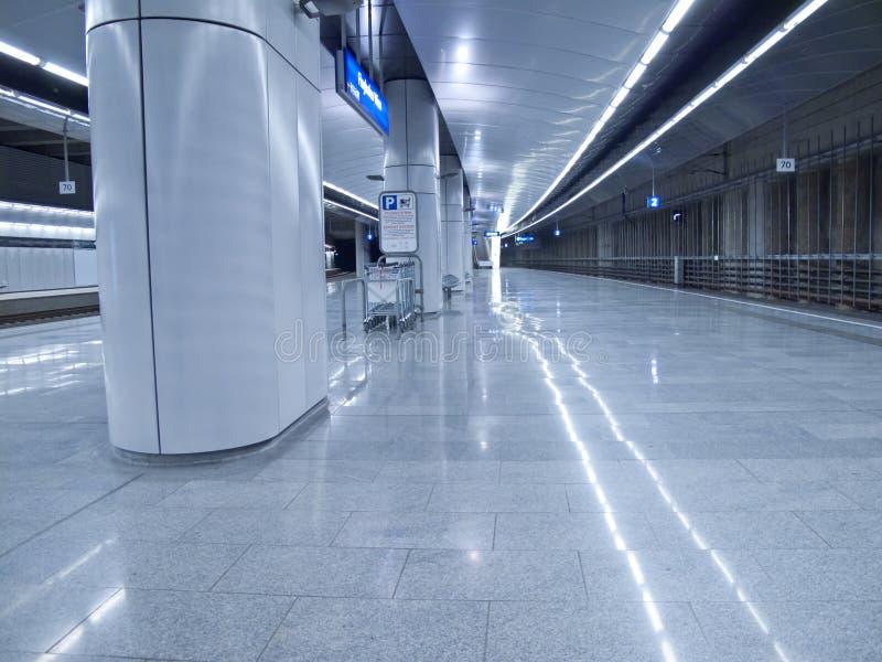 υπόγειος σταθμών στοκ εικόνα με δικαίωμα ελεύθερης χρήσης