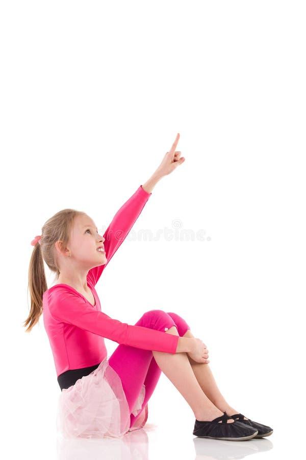 Υπόδειξη μικρών κοριτσιών στοκ φωτογραφίες