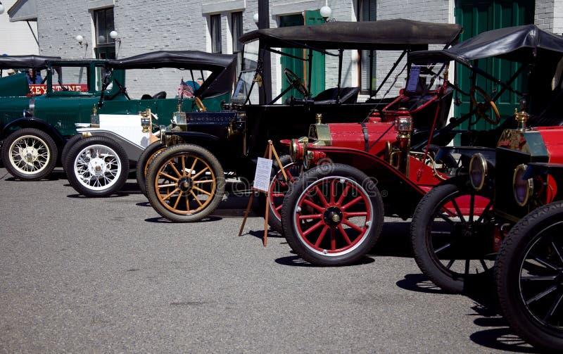 Υπόλοιπος κόσμος των παλαιών πρόωρων αυτοκινήτων στοκ εικόνες