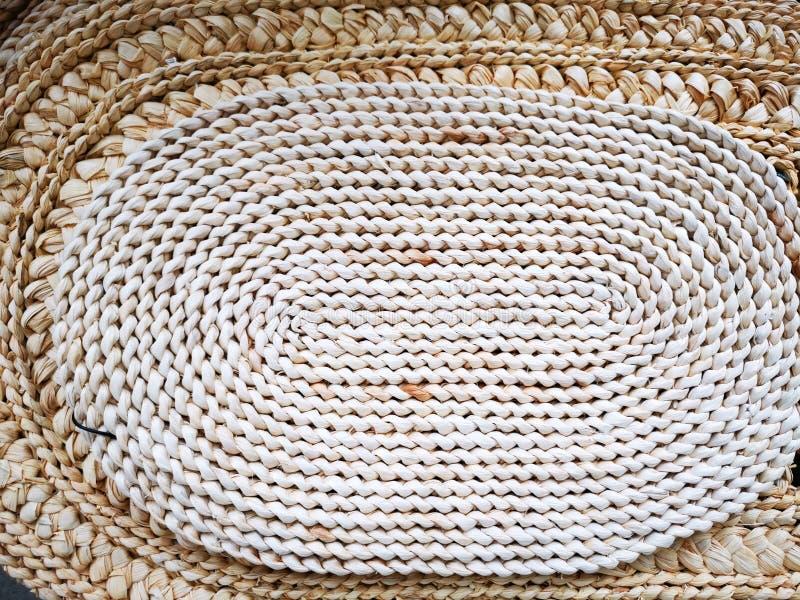 Υφαμένο αντικείμενο αχύρου διακοσμητικό για το σπίτι στοκ εικόνα με δικαίωμα ελεύθερης χρήσης
