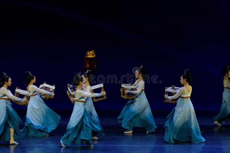 Υφαντικός χορός το 1-τριών actï ¼ š ` όνειρο να τεμαχίσει το μετάξι ` - επική πριγκήπισσα ` μεταξιού δράματος ` χορού στοκ φωτογραφίες με δικαίωμα ελεύθερης χρήσης