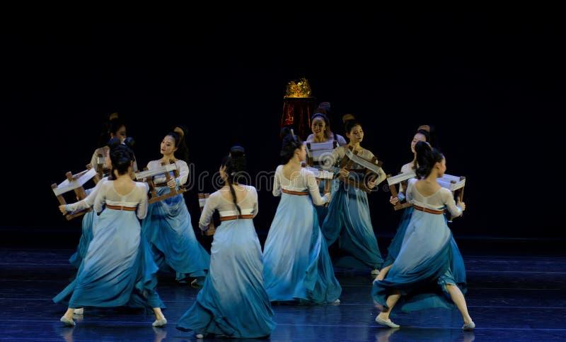 Υφαντικός χορός το 1-τριών actï ¼ š ` όνειρο να τεμαχίσει το μετάξι ` - επική πριγκήπισσα ` μεταξιού δράματος ` χορού στοκ εικόνες με δικαίωμα ελεύθερης χρήσης