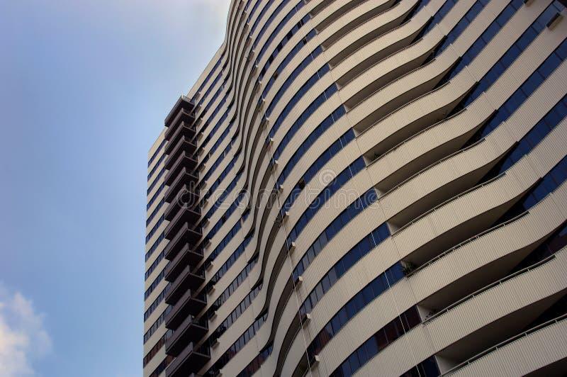 υψηλή άνοδος ξενοδοχεί&omeg στοκ φωτογραφία με δικαίωμα ελεύθερης χρήσης