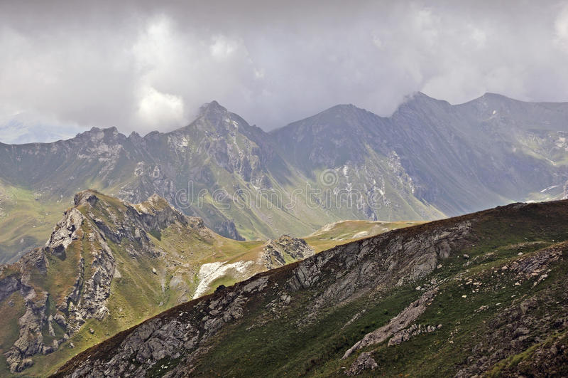 υψηλό βουνό στοκ εικόνα με δικαίωμα ελεύθερης χρήσης