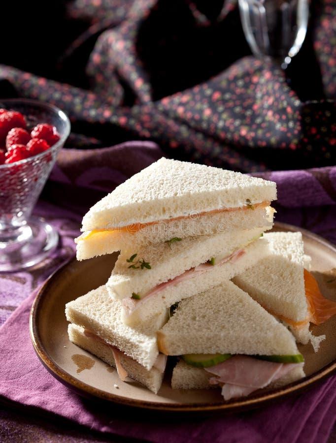 υψηλό τσάι σάντουιτς στοκ εικόνα