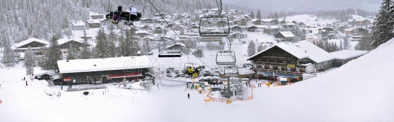 υψηλές κλίσεις σκι βουνών ανελκυστήρων kaprun της Αυστρίας στοκ φωτογραφίες