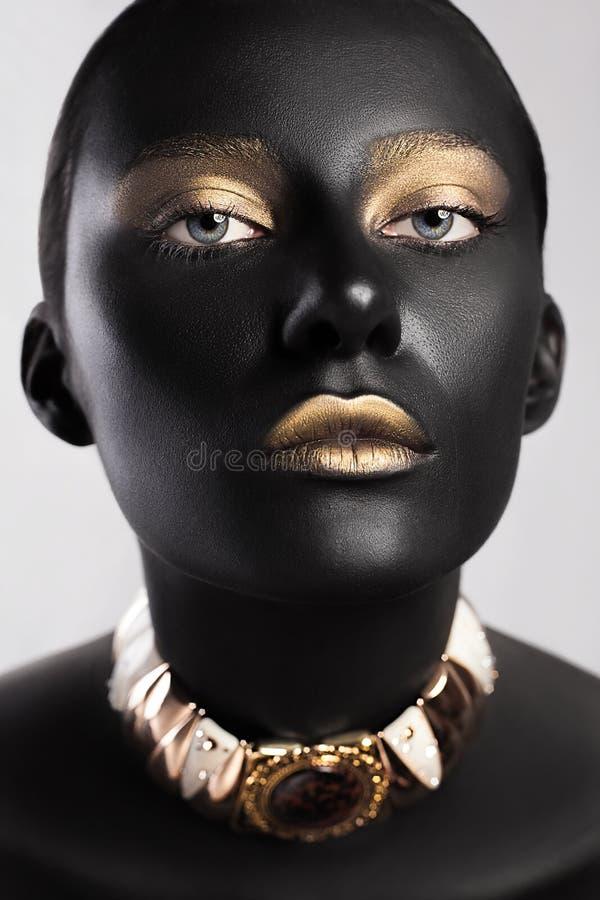 Υψηλό ύφος ομορφιάς μόδας Τέχνη προσώπου στοκ εικόνα