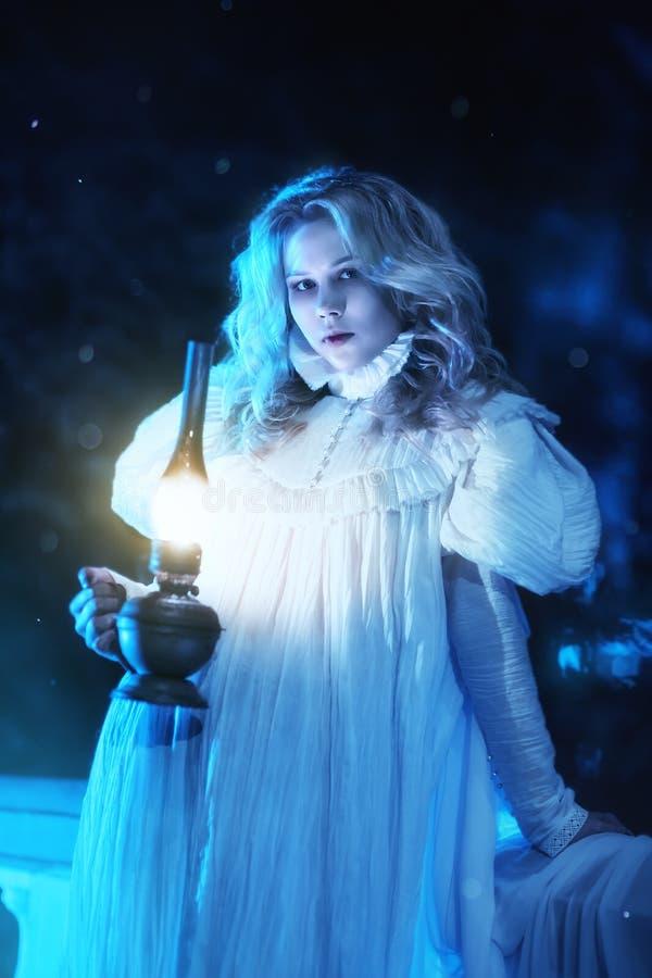 Φάντασμα στη νύχτα στοκ εικόνες