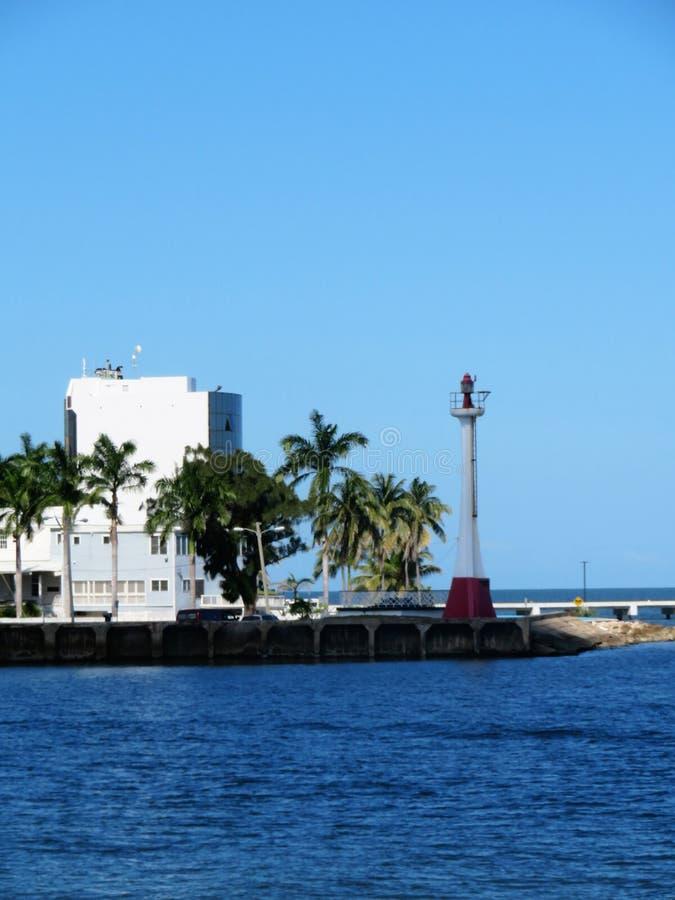 Φάρος ευδαιμονίας βαρώνων στο νησί της Μπελίζ στοκ εικόνες