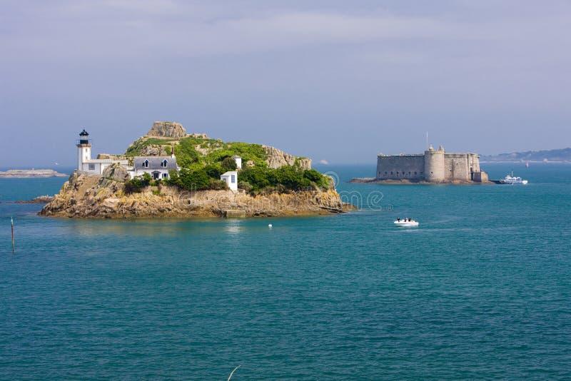 φάρος και Chateau du Taureau, Pointe de Pen Al Lann, Britta στοκ φωτογραφίες με δικαίωμα ελεύθερης χρήσης