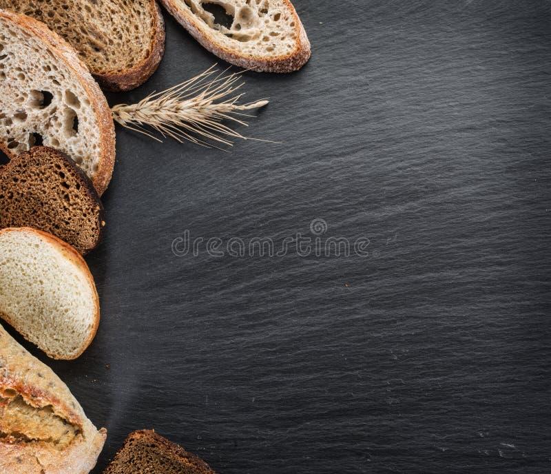 Φέτες και σίτος ψωμιού στοκ εικόνες