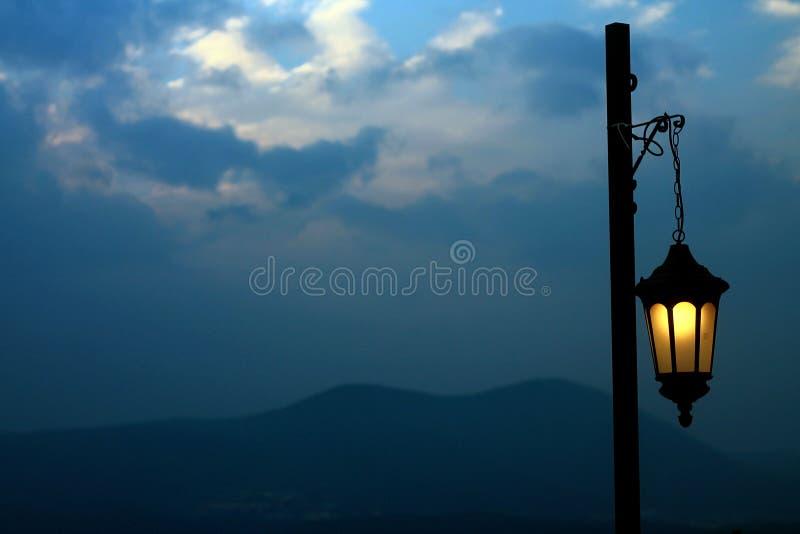 Φανάρι στη νύχτα στοκ φωτογραφίες