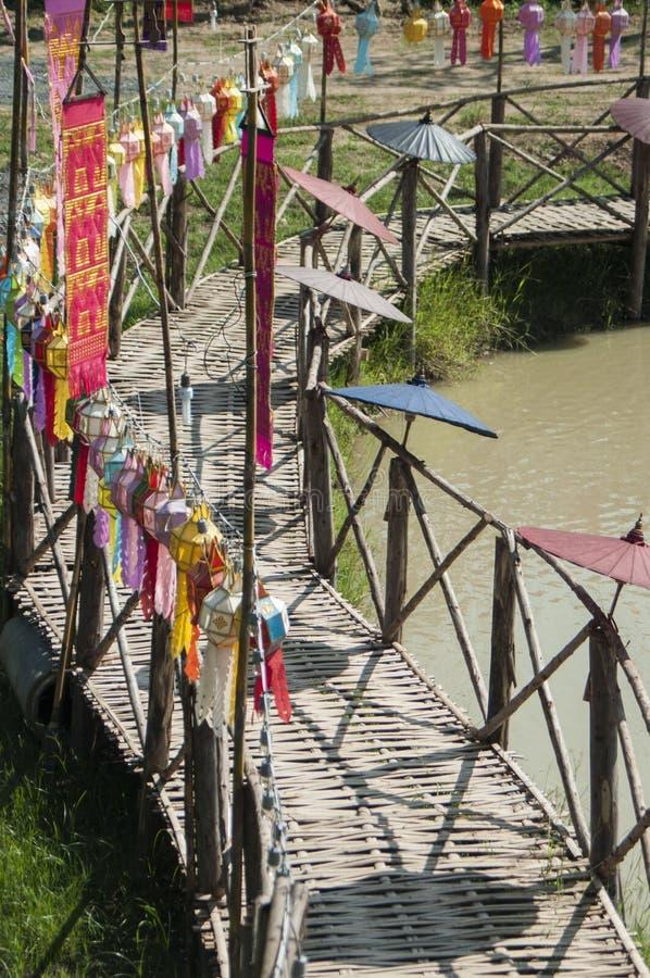 Φανάρι φιαγμένο από έγγραφο  Παράδοση φαναριών handcraft στοκ εικόνα