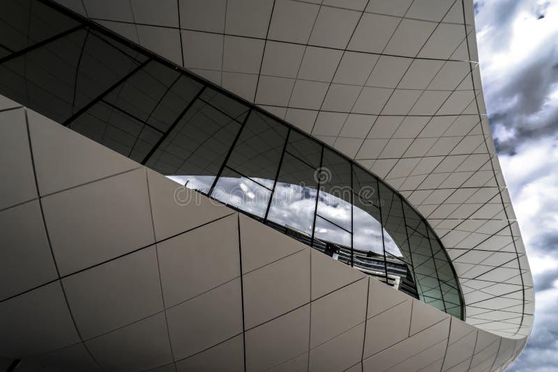 Φανταστικό περίπτερο του μουσείου Etihad στην οδό Jumeirah στοκ εικόνες με δικαίωμα ελεύθερης χρήσης