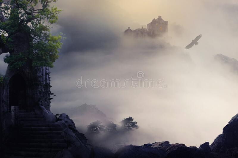 Φανταστικό τοπίο με θέα στο κάστρο στοκ εικόνα