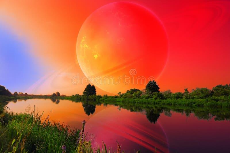 Φανταστικό τοπίο με το μεγάλο πλανήτη πέρα από τον ήρεμο ποταμό στοκ εικόνα