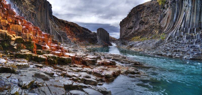 Φαράγγι βασαλτών Studlagil, Ισλανδία στοκ εικόνα