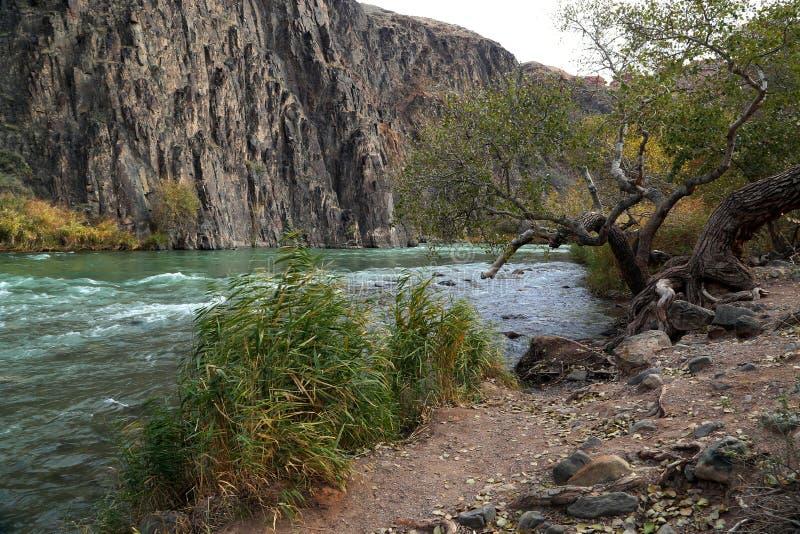 Φαράγγι του ποταμού Charyn στοκ εικόνες