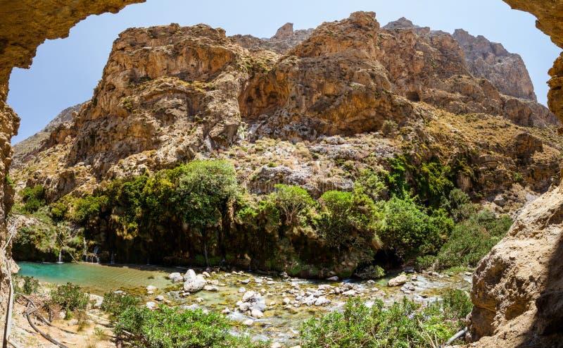 Φαράγγι Kourtaliotiko - φαράγγι της Κρήτης στοκ εικόνες