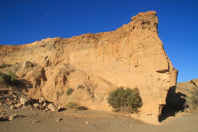 Φαράγγι Sesriem, ένα φυσικό φαράγγι που χαράζεται από τα ισχυρά εκατομμύρια ποταμών Tsauchab πριν από χρόνια στοκ εικόνες