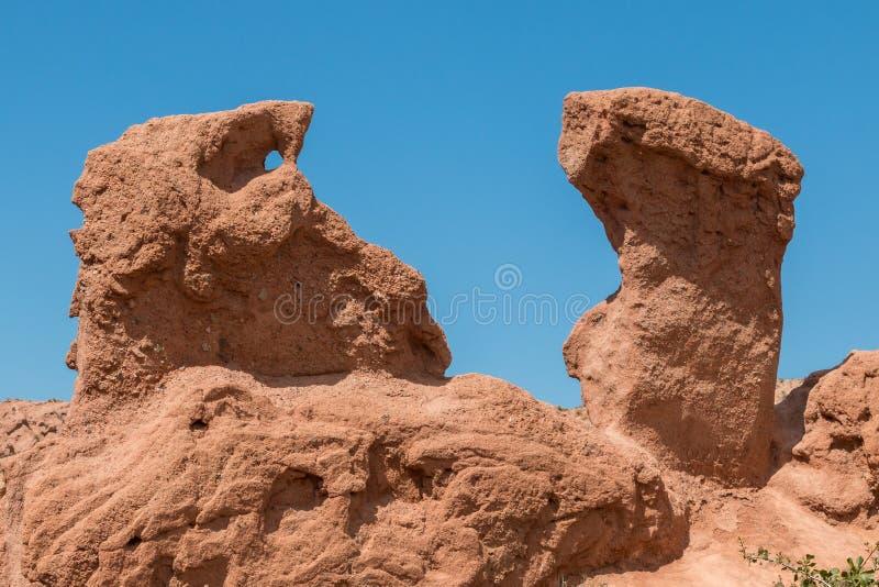 Φαράγγι Skazka φαραγγιών παραμυθιού, μια περιοχή ερήμων κοντά σε Bokonbayevo στο Κιργιστάν, στις ακτές της λίμνης Issyk Kul στοκ φωτογραφία