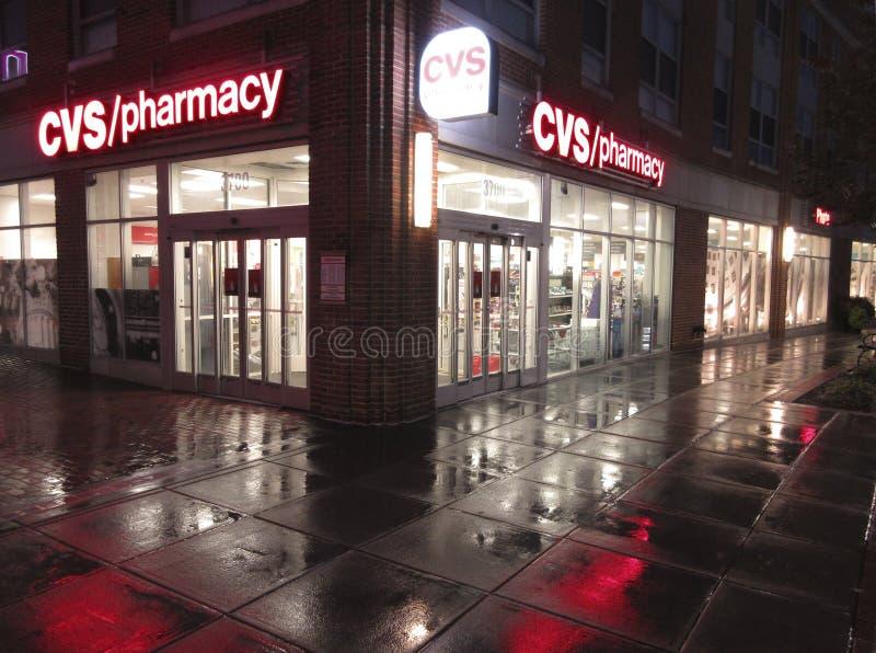 Φαρμακείο CVS στο Washington DC τη νύχτα στοκ εικόνες