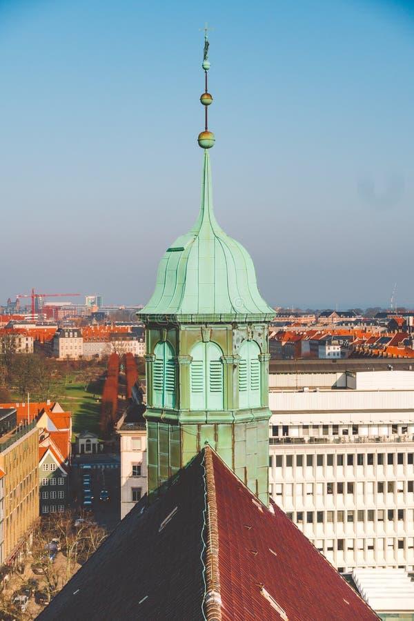 18 Φεβρουαρίου 2019 Δανία Κοπεγχάγη Πανοραμική τοπ άποψη του κέντρου πόλεων από ένα υψηλό σημείο Στρογγυλός πύργος Rundetaarn στοκ φωτογραφίες με δικαίωμα ελεύθερης χρήσης
