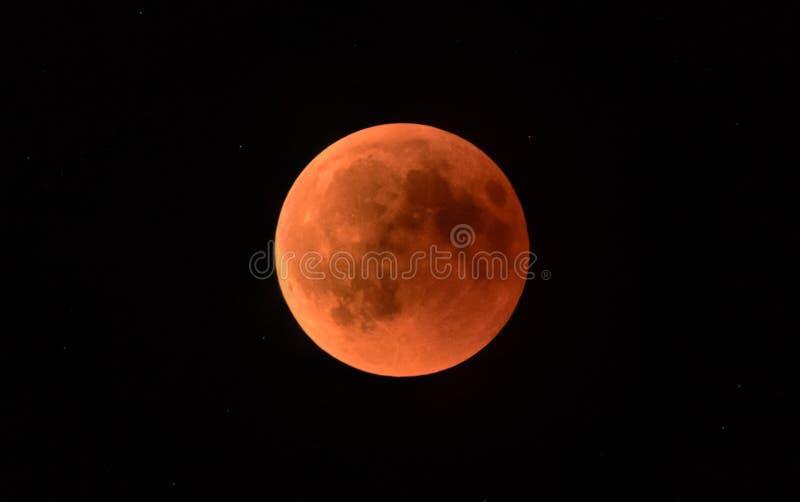 Φεγγάρι αίματος κατά τη διάρκεια μιας σεληνιακής έκλειψης στοκ φωτογραφία με δικαίωμα ελεύθερης χρήσης