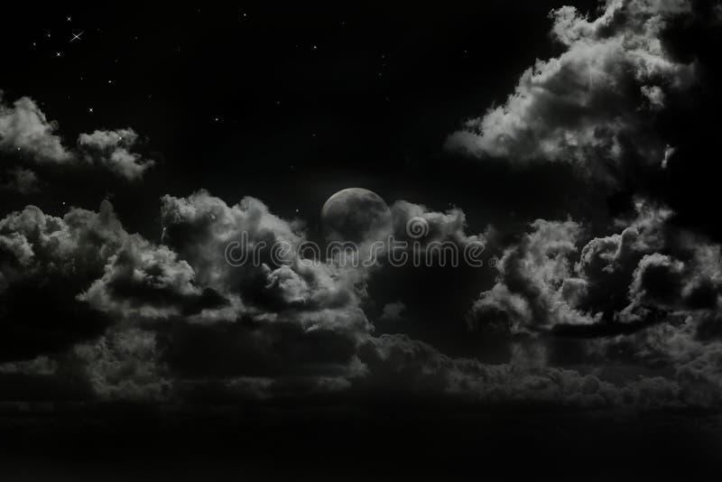 Φεγγάρι αύξησης στοκ εικόνες