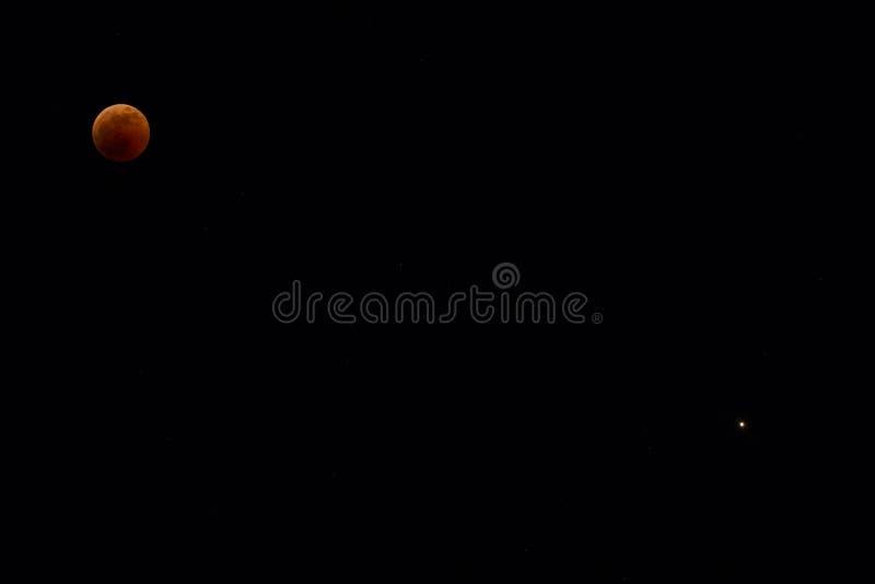 Φεγγάρι και Άρης αίματος στοκ εικόνες