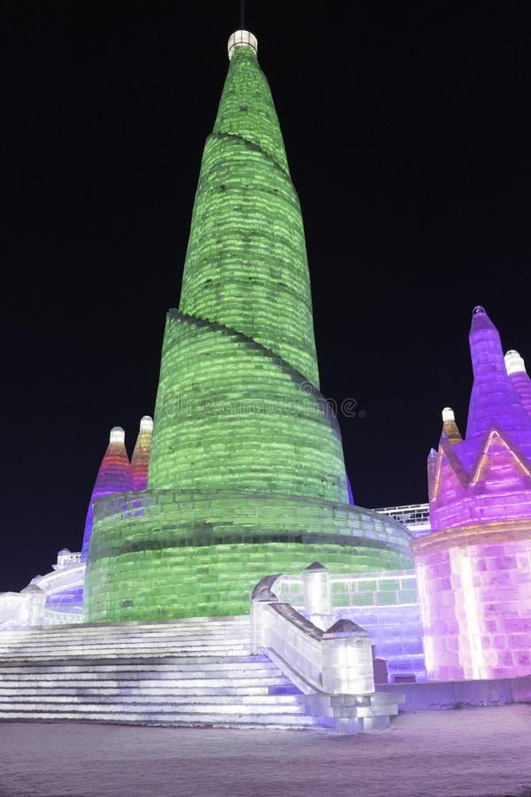 Φεστιβάλ 2018 πάγου του Χάρμπιν - φανταστικά κτήρια πάγου και χιονιού, διασκέδαση, νύχτα, ταξίδι Κίνα στοκ φωτογραφίες με δικαίωμα ελεύθερης χρήσης