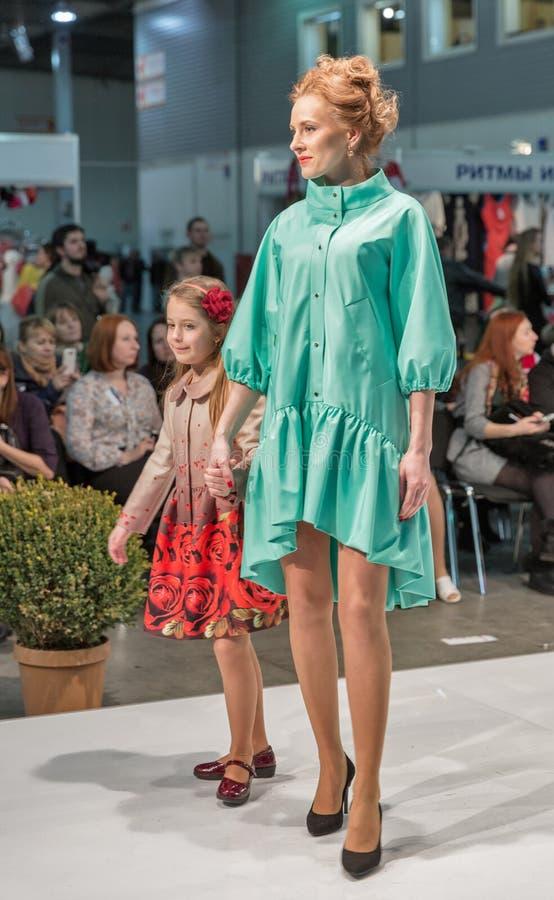 Φεστιβάλ μόδας 2016 Kyiv της μόδας στο Κίεβο, Ουκρανία στοκ φωτογραφίες