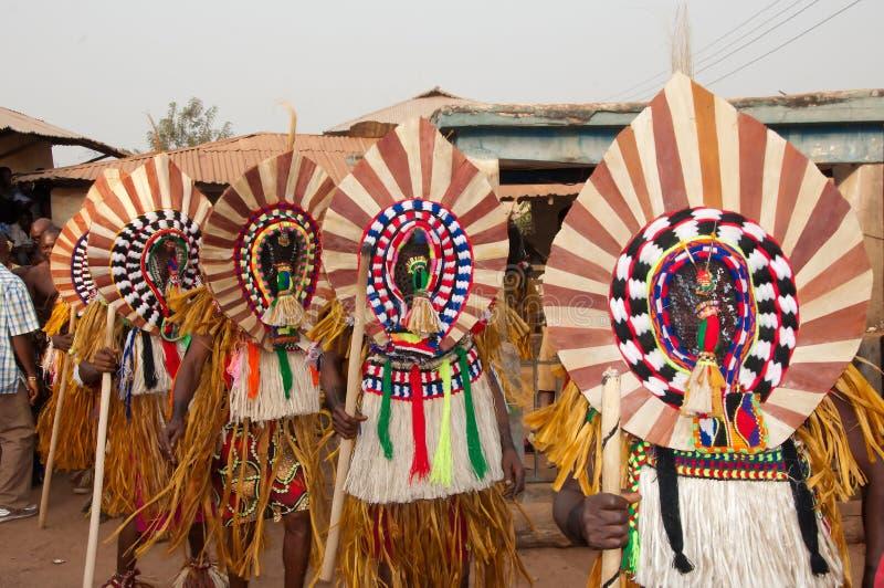 Φεστιβάλ Ukpesose Otuo - μεταμφίεση ITU στη Νιγηρία στοκ φωτογραφία