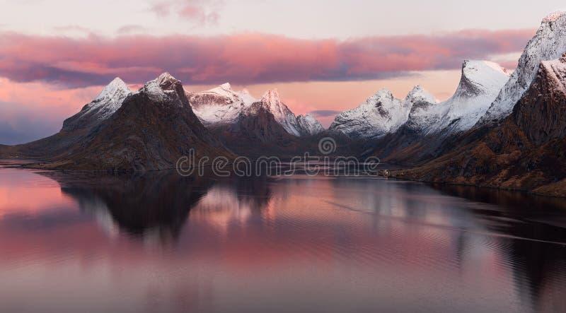 Φιορδ Lofoten, Νορβηγία στοκ φωτογραφίες με δικαίωμα ελεύθερης χρήσης