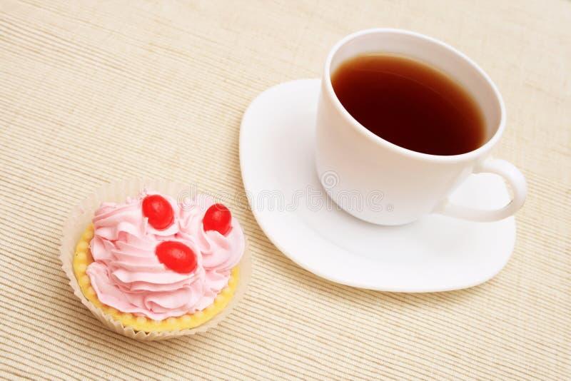 φλυτζάνι καφέ cupcake στοκ φωτογραφία με δικαίωμα ελεύθερης χρήσης